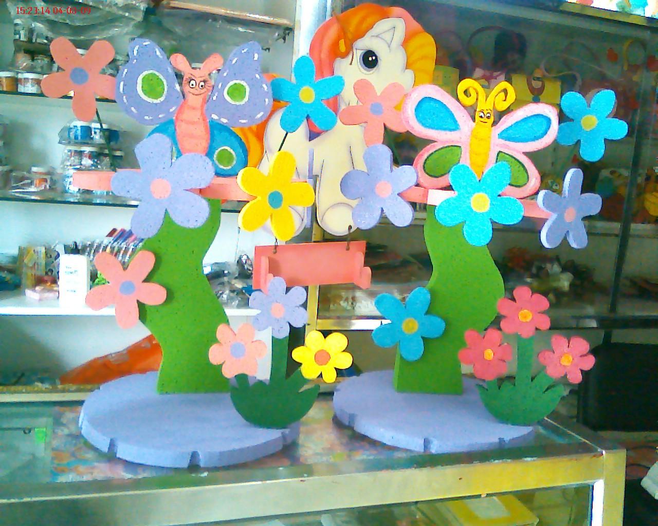 Piñateria Kekas: Mariposas y Flores