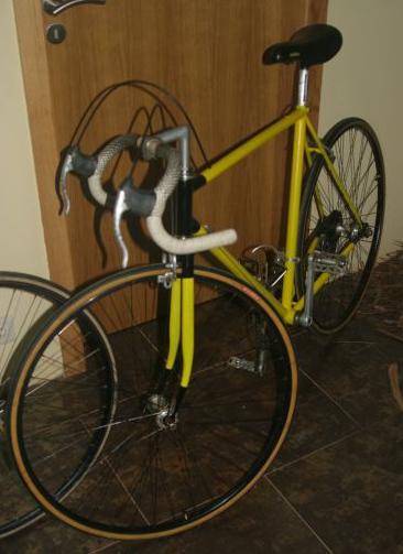 Restauro de bicicleta de estrada Poulleau Image002_a