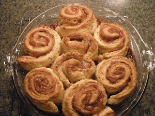 Gluten Free Homemaker\'s cinnamon rolls