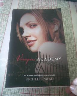 riview vampire academy