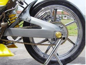 modifikasi motor smash, modifikasi motor suzuki smash, motor suzuki smash modifikasi, suzuki smash motor modifikasi, amazing modifikasi motor suzuki smash, suzuki smash modification, suzuki smash motorcycle modification, modifikasi motor, motor modifikasi, motor spirit, standard swing, suzuki smash, swing arm, handmade products, bolts, tile, models, motorcycle, suzuki