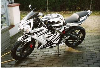 2009 Yamaha TZR 500cc Modify