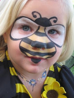 Face Paint Bumble Bee http://face-painting-samples.blogspot.com/2009/10/emma-little-bumble-bee.html
