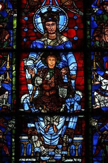witraż Błękitna róża katedry w Chartres