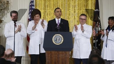 "ObamaCare propaganda photo with ""doctors"""
