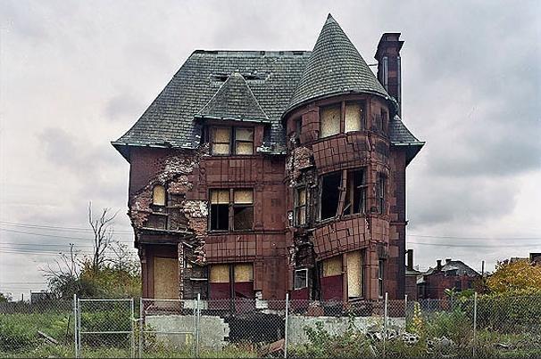 suburban decay invisible citizen