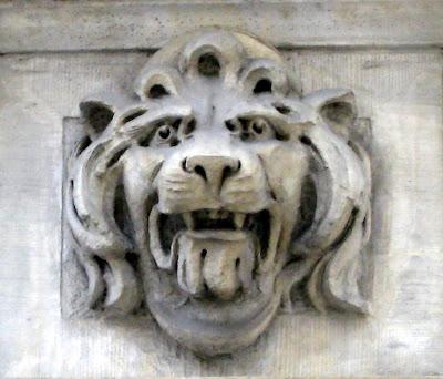 Lion's Head Gargoyles (chimera)