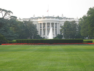 The White House by Teddy Yoshida