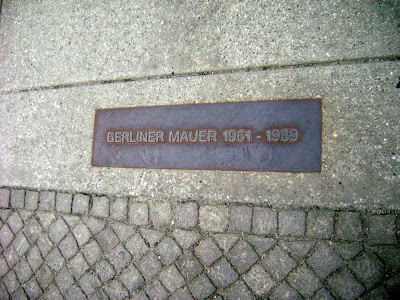 Fall of the Berlin Wall 11/09/89