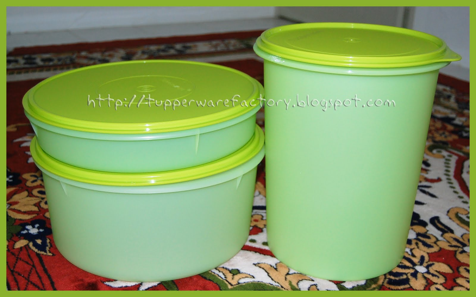 folding lid tupperware