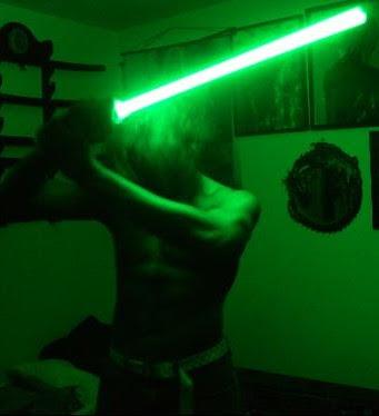 Star Wars Master Replicas Yoda Force FX Lightsaber customer