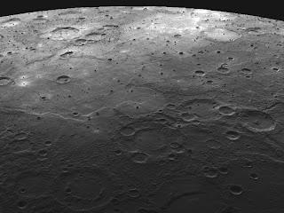 La superficie de Mercurio con cráteres como la Luna