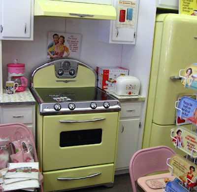 Screw Bronze!: Beth's 'Normal' Day: Hello Kitty, Farmers' Market ...