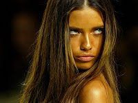 Adriana lima Naughty Picture