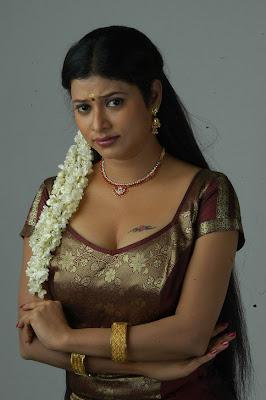 Tamil Actress Shobana Naidu