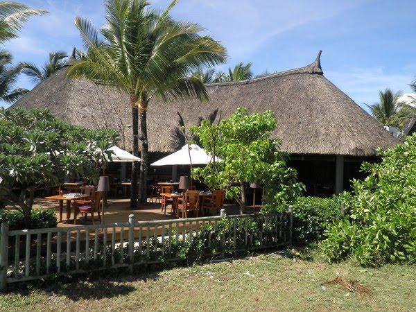 Restaurant La Spiaggia - Belle Mare Plage Resort