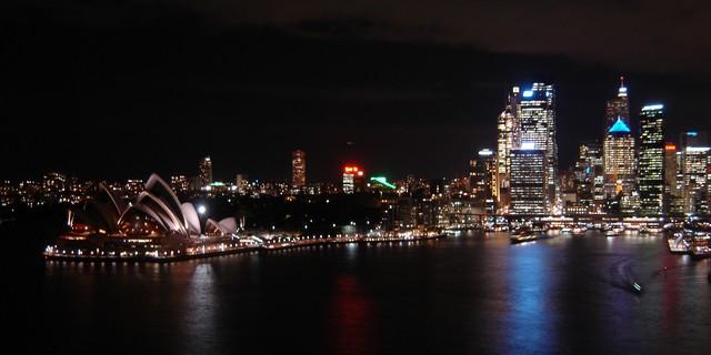 Nuit sur Sydney Opera et City
