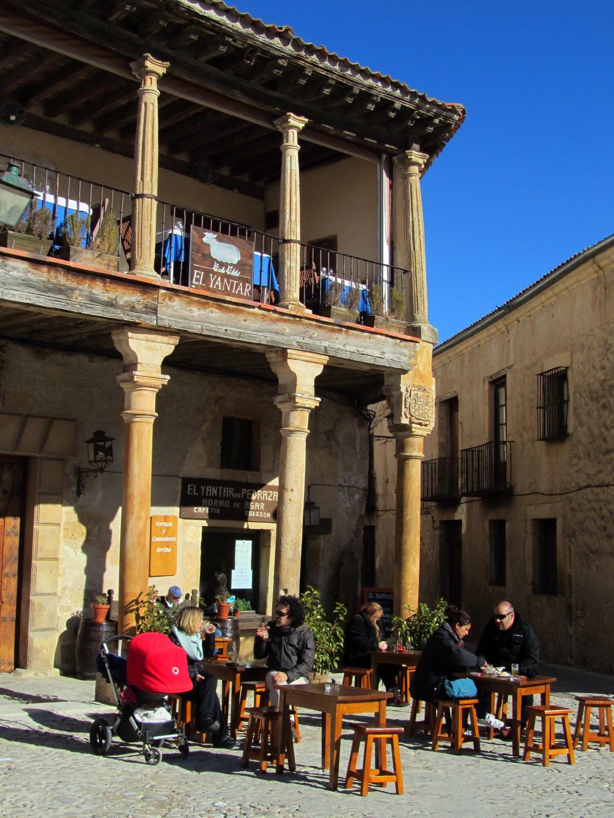 In the journey un d a entre las villas medievales de - El yantar de pedraza ...