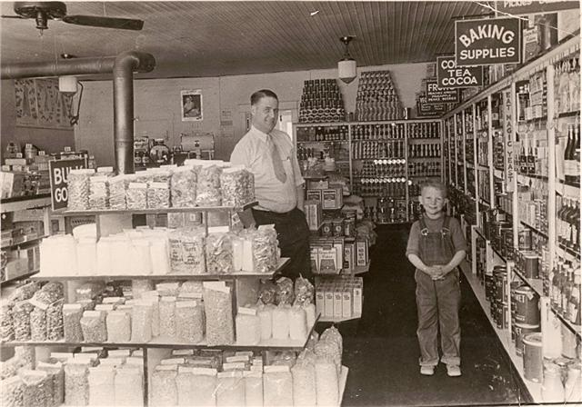 Dad Munson & Floyd in Kanab Ut. Store