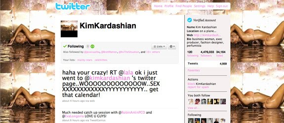 Ini Dia Foto Kim Kardashian Semi Bugil Buat Kalender dan Twitter