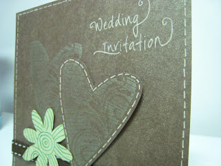 Nature loving wedding invitation card - Close up