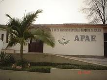 Escola Especial Tanara Girardon Julien
