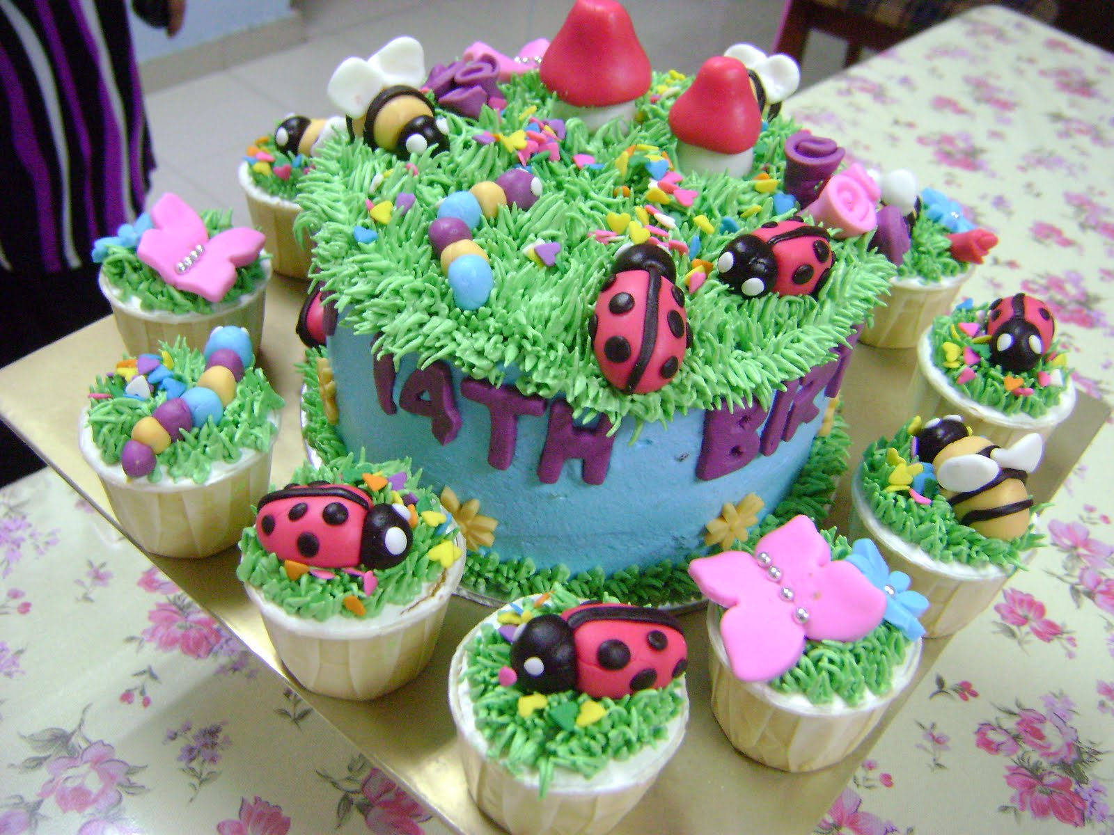 images of cakes with garden theme - photo #16
