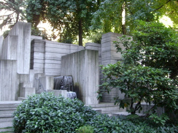 Freeway Park, It Is One Of The Harder Spots To Find In Seattle And When You  Get There The Restroom Is Closed, All Of The Plants In The Large Concrete  ...