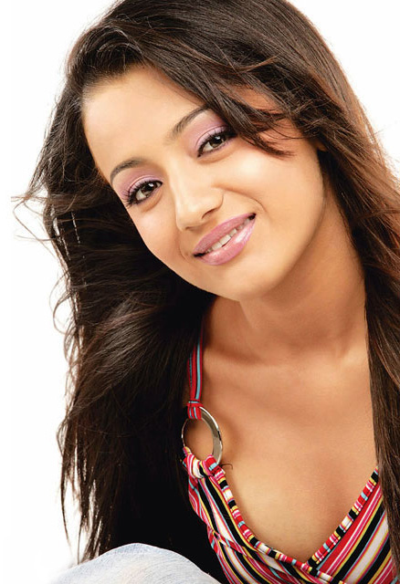 Trisha hot photos bending to
