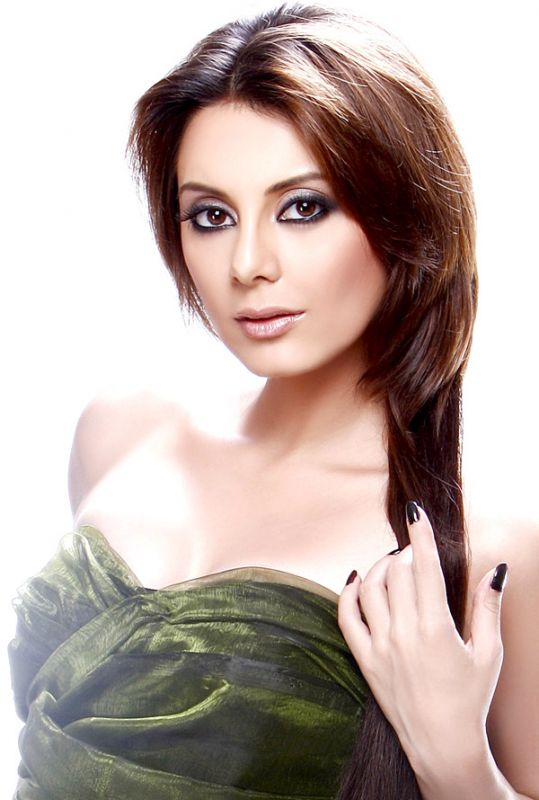 Minissha Lamba Without Bra And Without Clothes Photos And Wallpapers