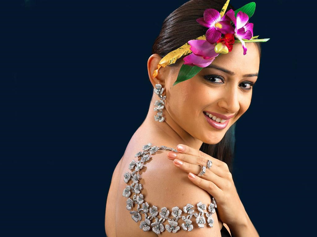 http://1.bp.blogspot.com/_TiCO8op_NpI/TENhpEt_FpI/AAAAAAAAREo/ztbqi7En79g/s1600/Gauri+Pradhan.jpg.jpg
