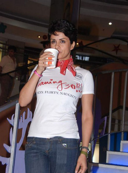 gul panag in tshirt at turning promotional event at inorbit mall hot photoshoot