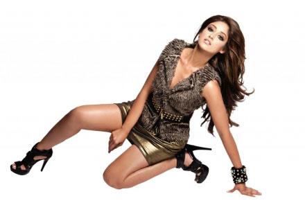 , Ileana D'Cruz FHM Sexy Pics