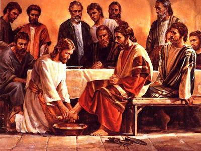 http://1.bp.blogspot.com/_TkKZZyzUvio/StamqmYKnYI/AAAAAAAADdQ/IG6uZORNJlo/s400/Jesus+washing+feet2.jpg