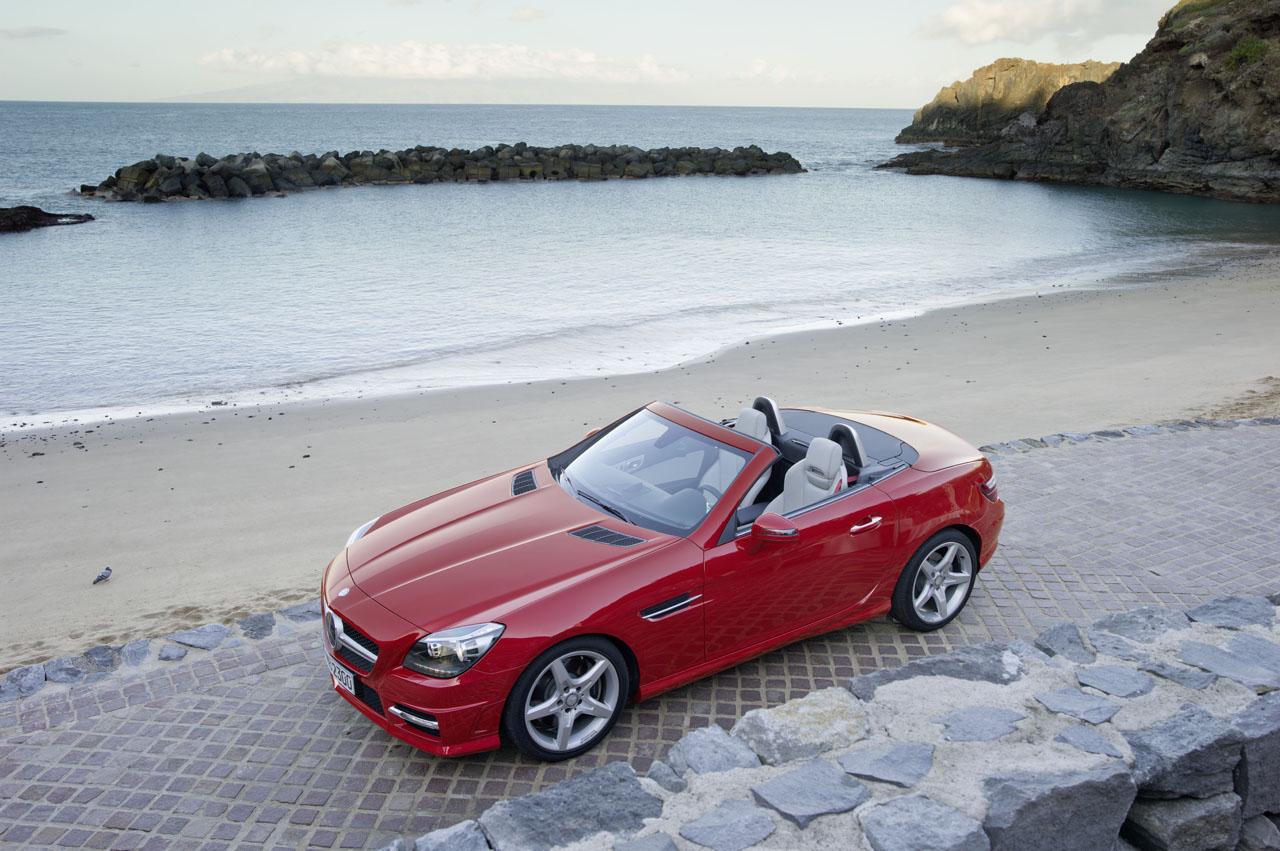Mercedes-Benz SLK 2012 vem com