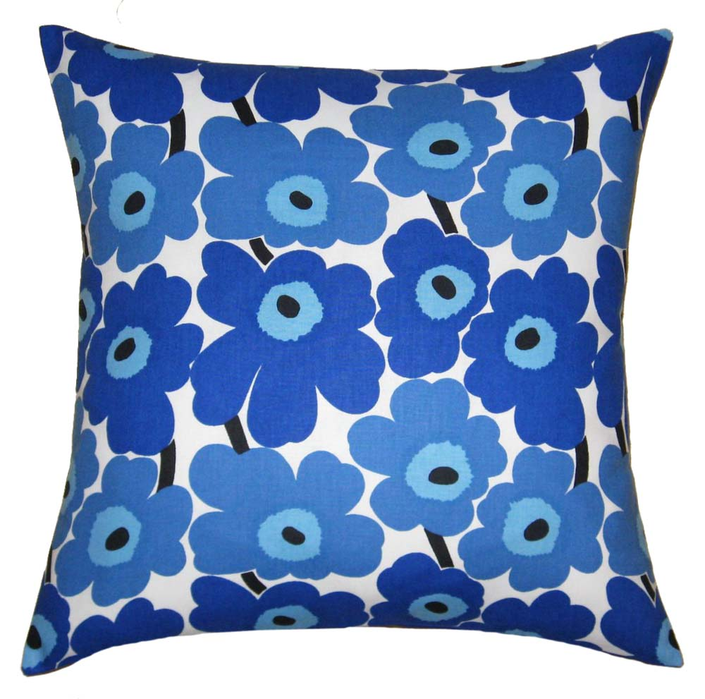 Throw Pillows and Fabric: Decorating with Pillows
