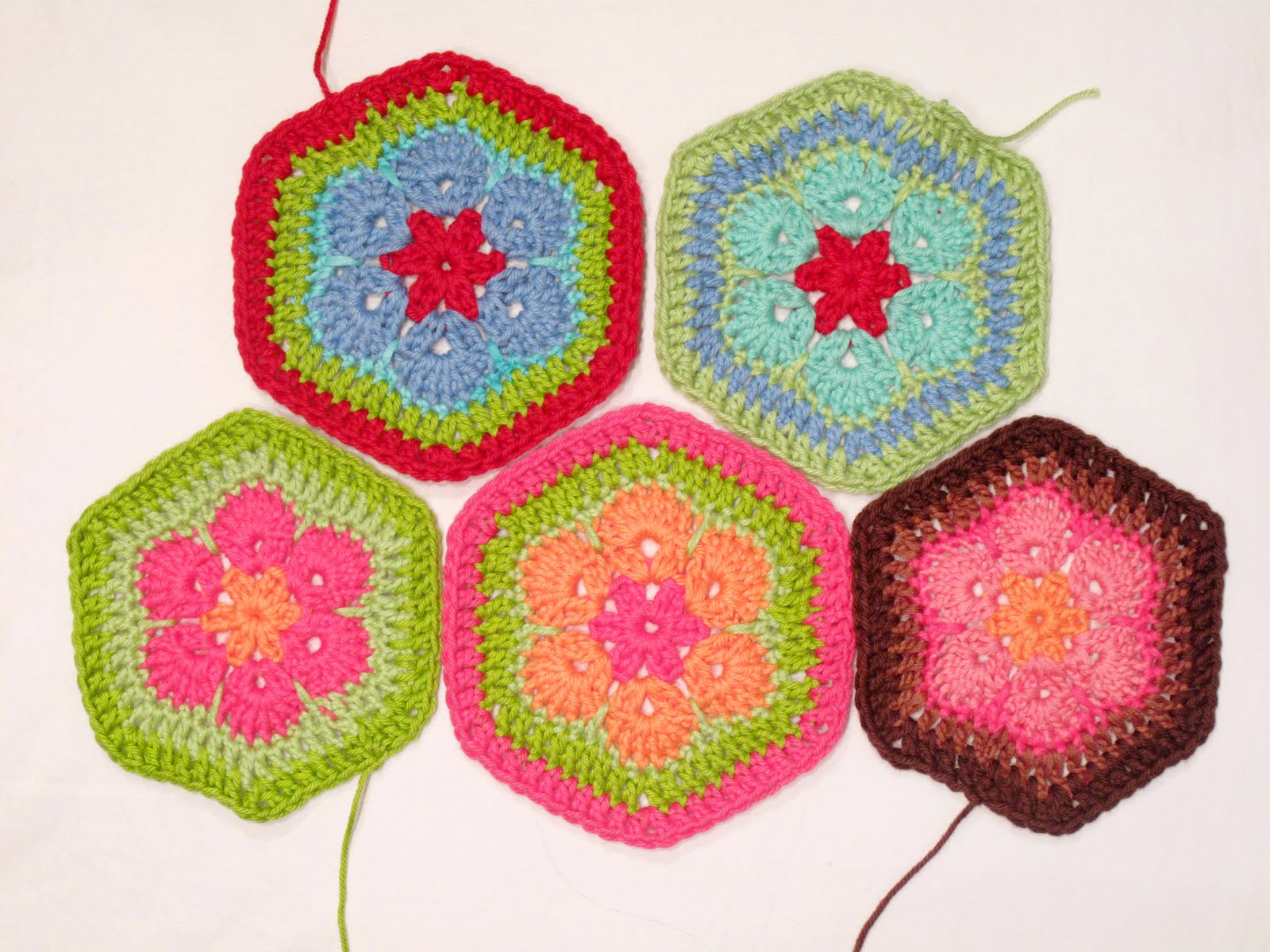 Crochet African Flower Pattern Free : Heidi Bears: African Flower Hexagon Crochet Tutorial
