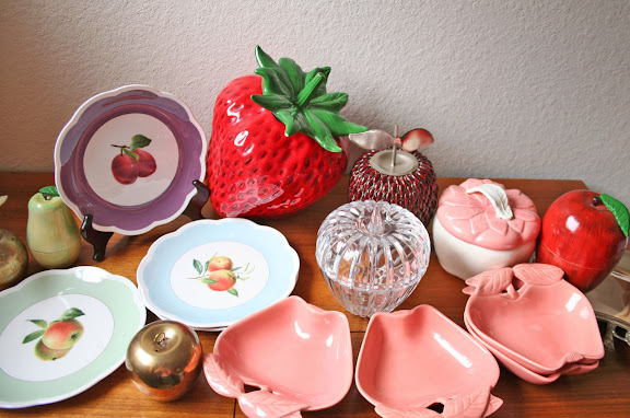 Modish Vintage Mixed Fruit Kitchen D Cor