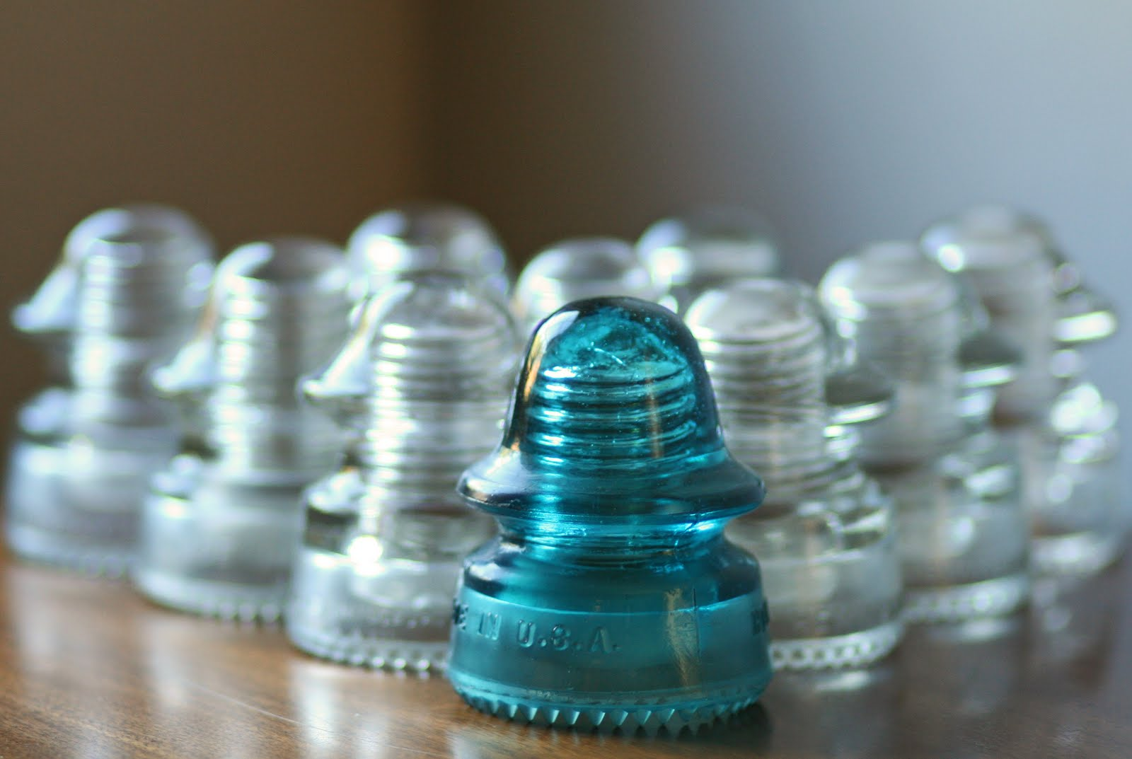 1000 images about vintage insulators on pinterest for Glass insulator ideas