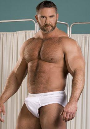 muscle bear daddy fucks sissy