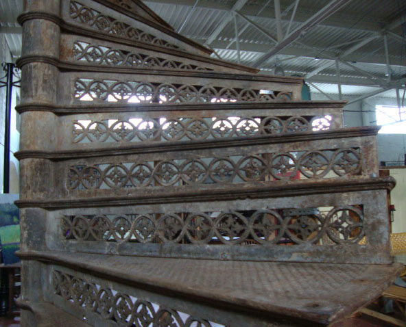 GRAND Cast Iron Spiral Staircase