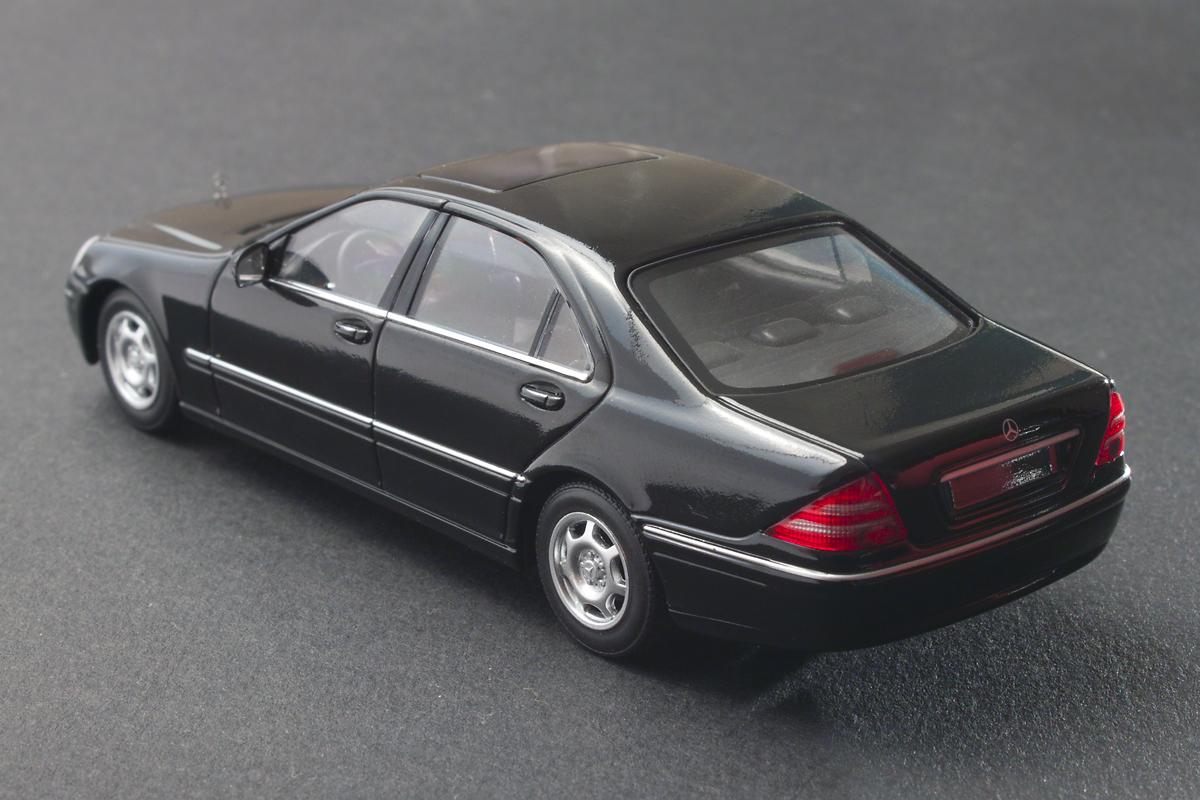 Carmodels 1 43 mercedes benz s class 1998 for Mercedes benz s class 1998