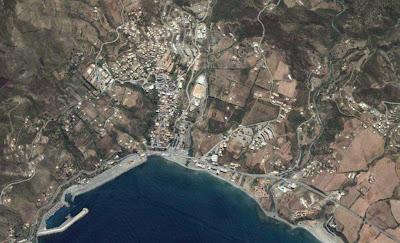 ازول فلاون سلامة نون ارثمورث Azzefoun-Kabylie-Algerie.jpg