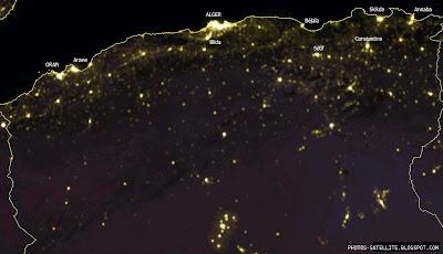 Vue Algerie du ciel la nuit