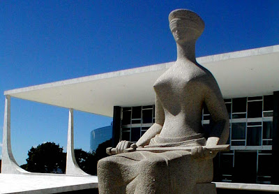 http://1.bp.blogspot.com/_TrB06CGAm5M/SLk23e-Q6sI/AAAAAAAAEDM/b83iqnkuXMY/s400/Brasil+Supremo+Tribunal+Federal+II.jpg