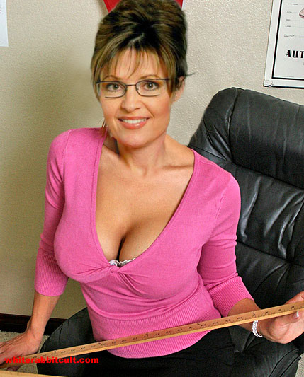 sarah Palin Sexy and dangerous