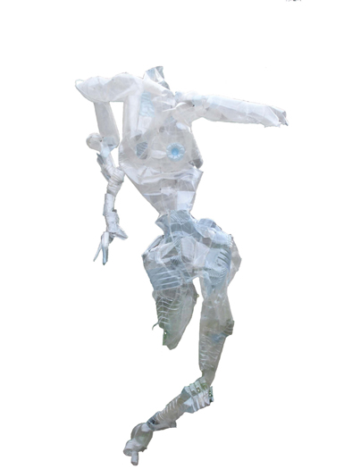 Escultura realizada en envases cosidos