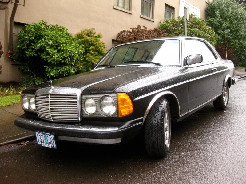 old parked cars 1981 mercedes benz 300cd diesel coupe