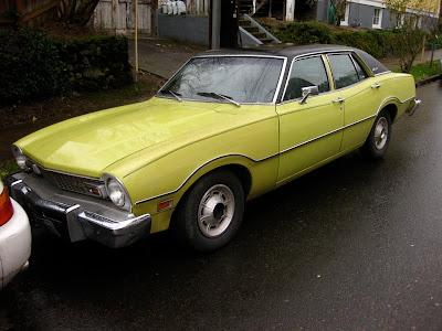 OLD PARKED CARS.: 1973 Ford Maverick.