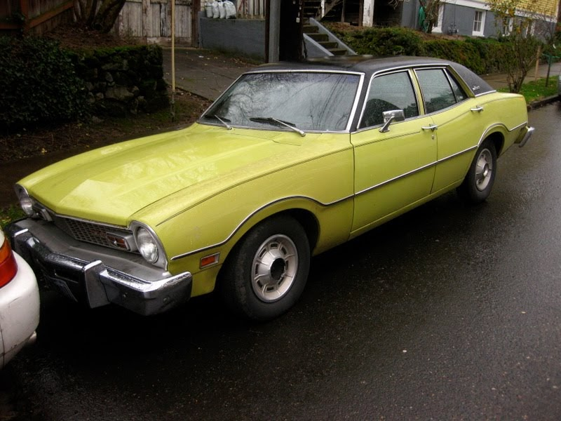 Old Ford Cars >> OLD PARKED CARS.: 1973 Ford Maverick.